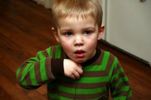 batuk-alergi-pada-anak